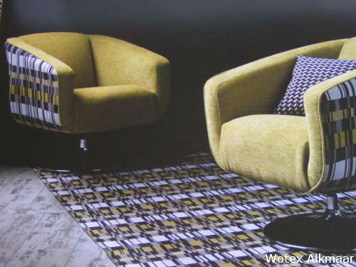 Zelf Stoel Stofferen : Meubelstof exclusief meubelstoffen en stoffeermateriaal zelf